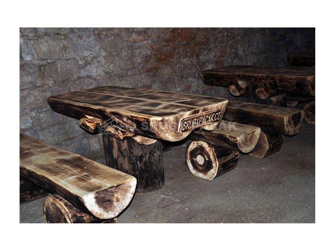 Srubový stůl na jedné noze
