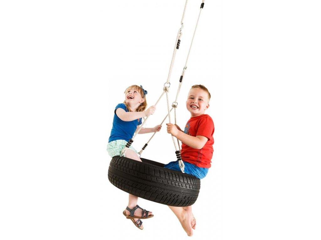detske hriste houacka pneumatika s lanem deti dum zahrada pro deti domek brno dreveny domek e podlaha