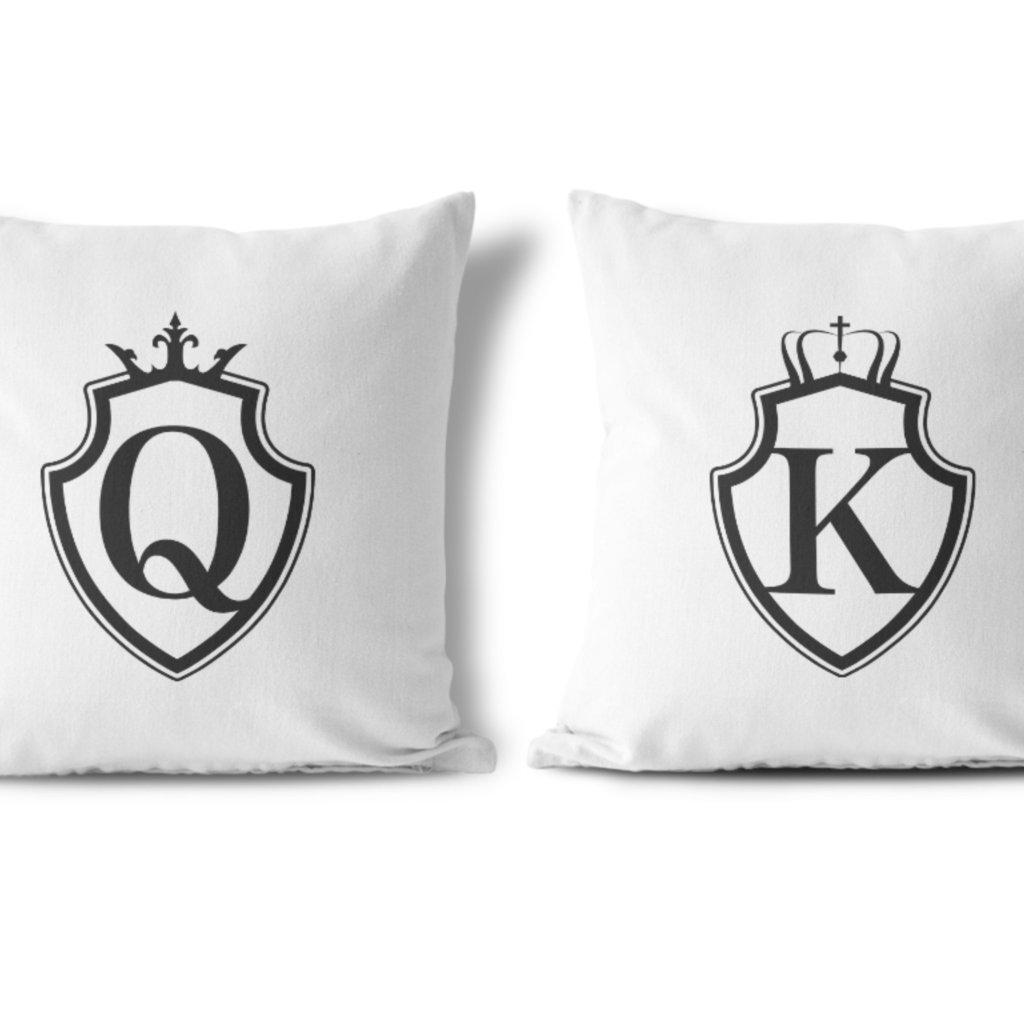 Polštářky KING & QUEEN Black Shield (cena za oba kusy)