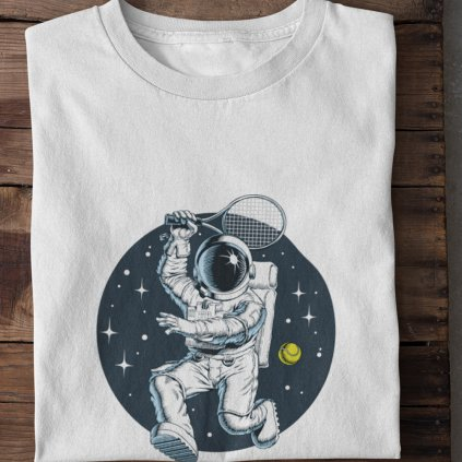 Astronaut hraje tenis
