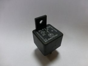 Ovládací relé přepínací 24V - 2 kontakty