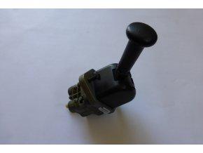 Ovládací ventil ruční brzdy - Karosa řada 900