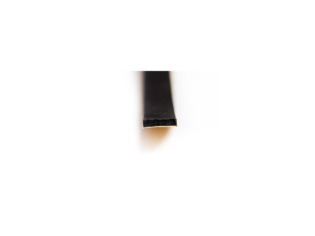 Samolepící těsnění CE 10x8 mm černá 50m  CE 10 x 8 mm 50m černá