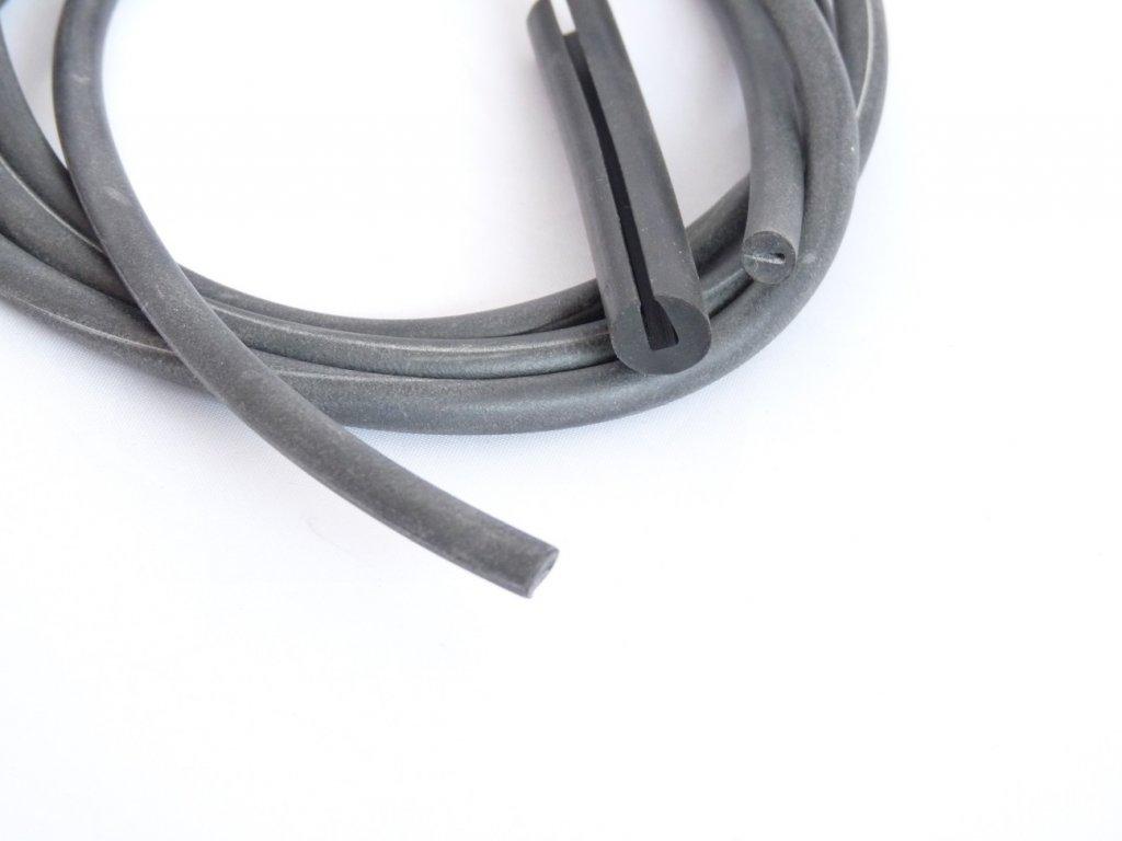 Profil mechová pryž - říznutý pr.10mm