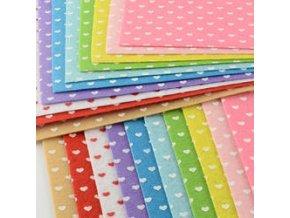 Dekorativní plsť / filc srdce 1ks, 30x30x0,1cm - 10 barev