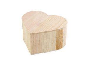 Dřevěná krabička srdce -  10,5 x 12 cm