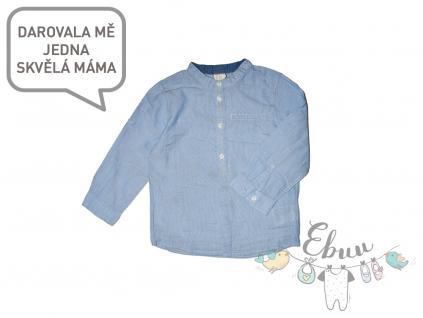 světle modrá pruhovaná košile