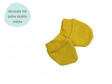 žluté rukavičky přoti škrábání