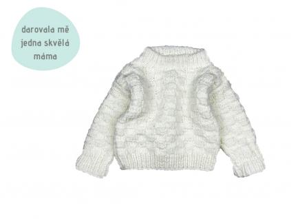 bílý pletený svetr