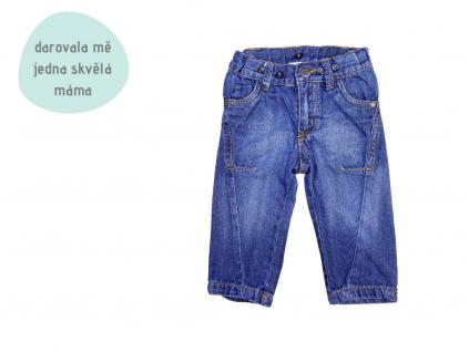 modré jeansy