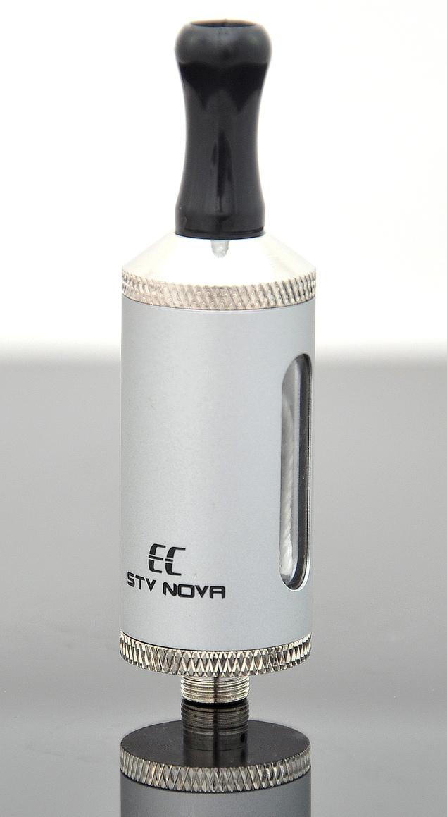 EC-Original STV Nova Barva: Stříbrná, Odpor: 2,4ohm, Objem: 2,8ml, Náustek: Černý, Tip: 510, Plnění: Vrchní, Nádržka: Plast/kov
