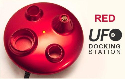 ICO Italy UFO EGO Docking station - Stylový stojánek na eGo cigarety s nabíječkou - USB Barva: Červená, Kategorie: Nabíječka USB, Model: USB nabíječka eGo, Vstup: DC 5V 500mA, Výstup: DC 4,2V 420mA