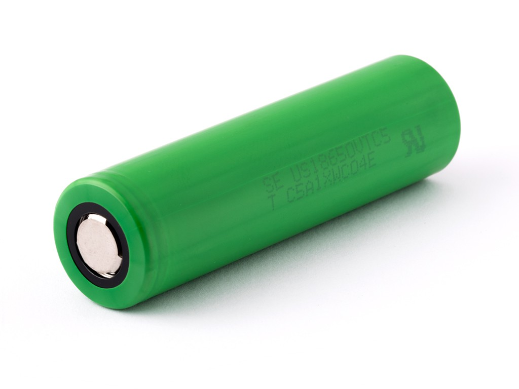 Baterie 18650 SONY 2600mAh US18650VTC5 - 30A Kategorie: Baterie Li-ion, Model: Li-ion 18650, Délka: 65mm, Průměr: 18mm, Napětí: 3,7v, Kapacita Baterie: 2600mAh, Ochrana PCB: Ne