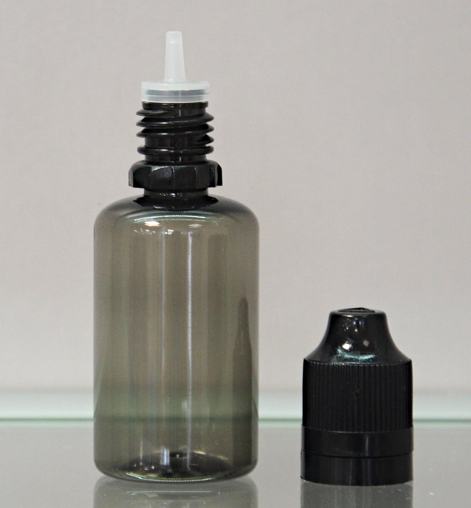 Tobeco Prázdná lahvička s víčkem a kapátkem 30ml kouřová Barva: Čirá, Objem: 30ml, Kategorie: Lahve prázdné, Materiál: Tvrdý plast, Barva vršku: černá