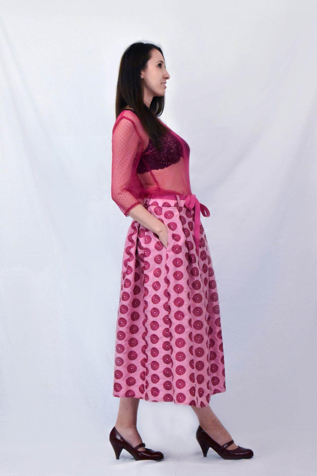 růžové průhledné bok