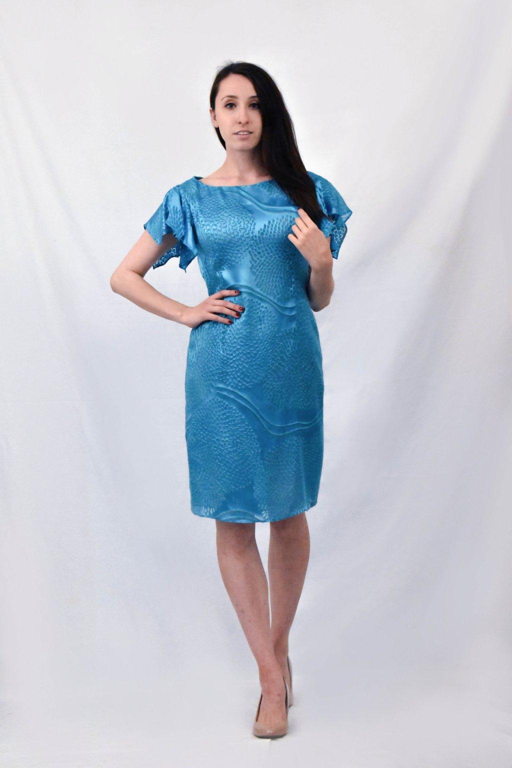 modré šaty předek