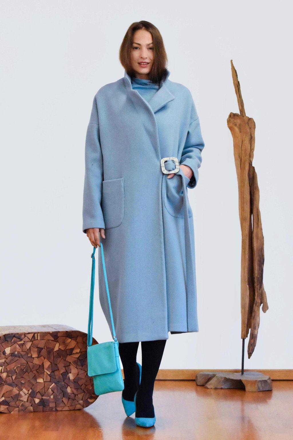 Zimní vlněný plášť modrý