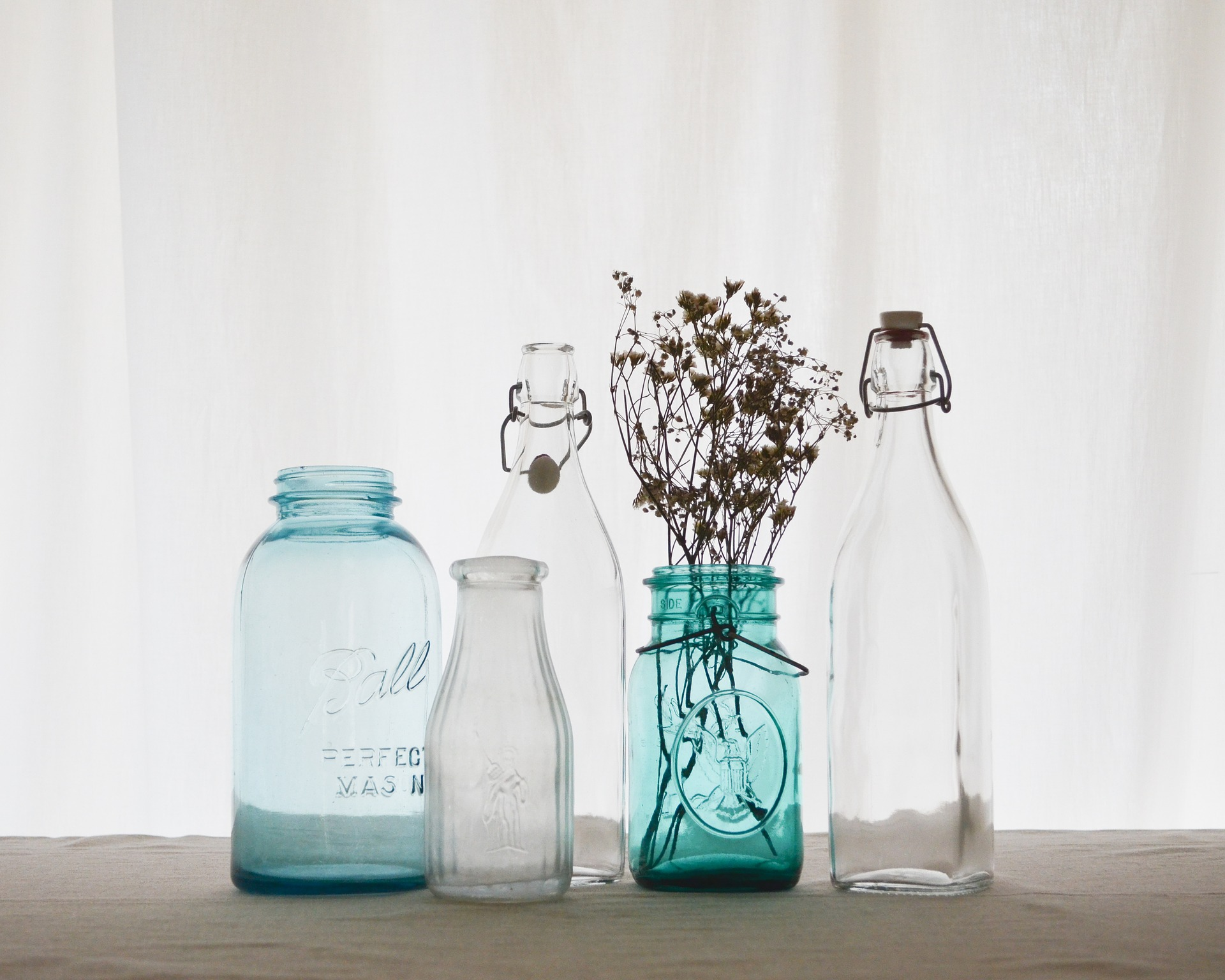 bottle-3061889_1920