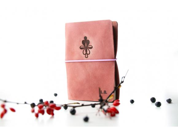 Julie juniorka - růžový kožený zápisník