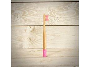 Biologicky rozložiteľný bambusová zubná kefka pre deti pink