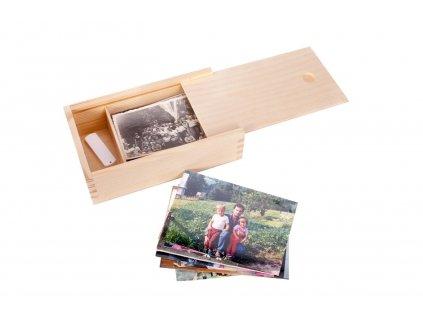 drevena krabicka na fotografie ve formatu 9x13 cm