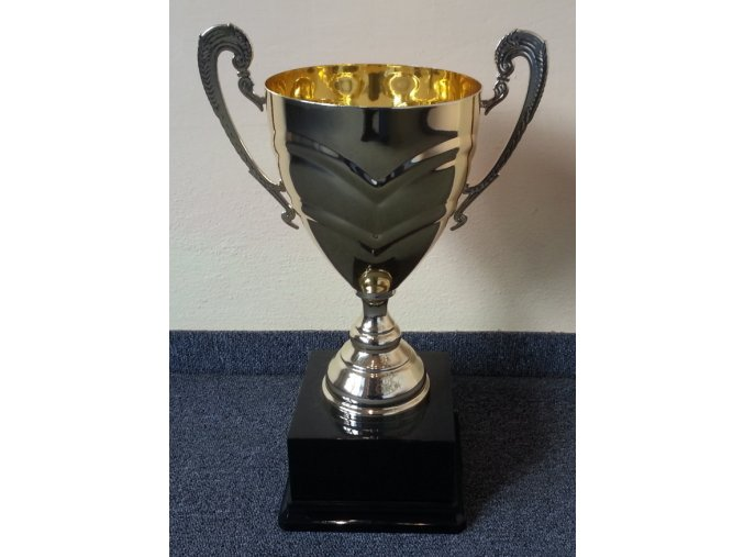 sportovní pohár P 900