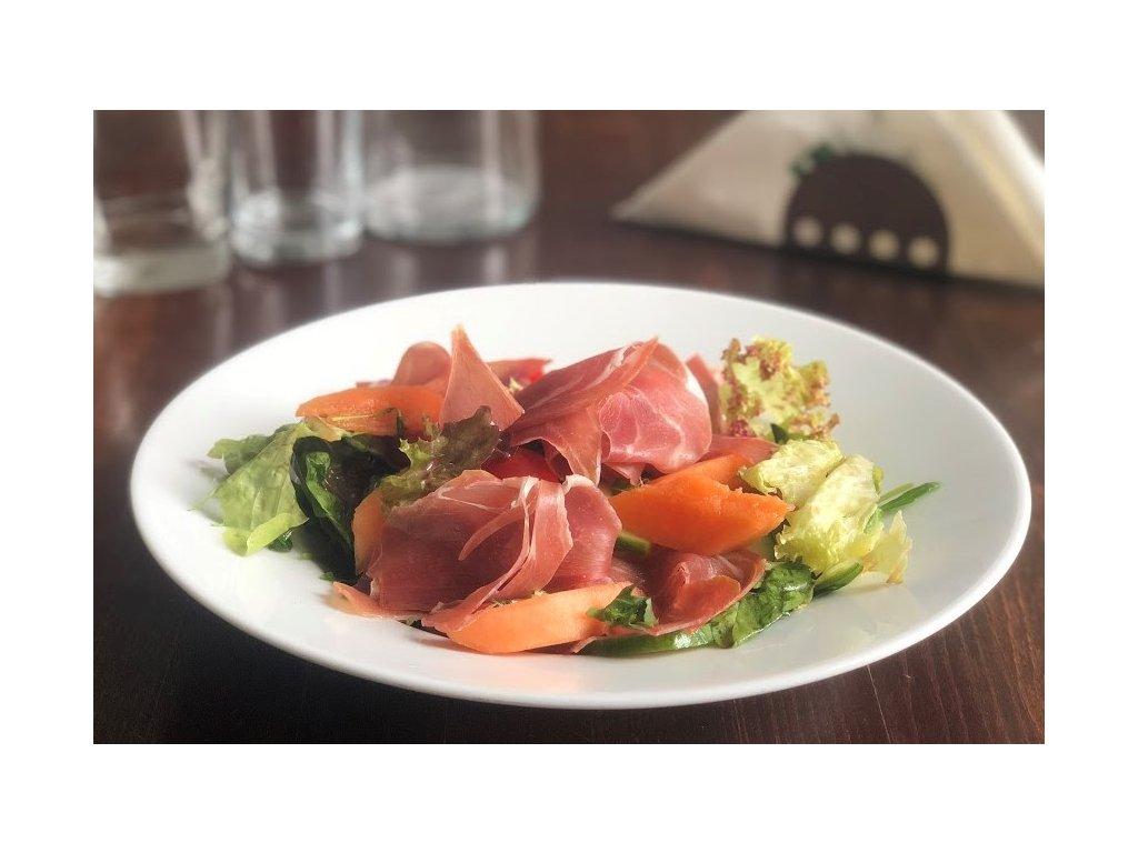 míchaný zeleninový salát s prosciuttem a melounem 3.2