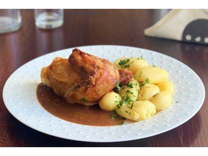 1/4 pečeného kuřete s nádivkou, baleno po 2 porcích