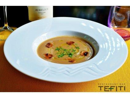 Polévka: dle denní nabídky k týdenní nabídce z restaurantu TEFITI