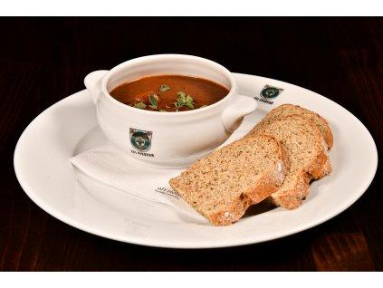 Gulášová polévka z hovězího krku 2