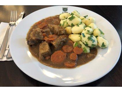 Vepřové maso v mrkvi 2 porce