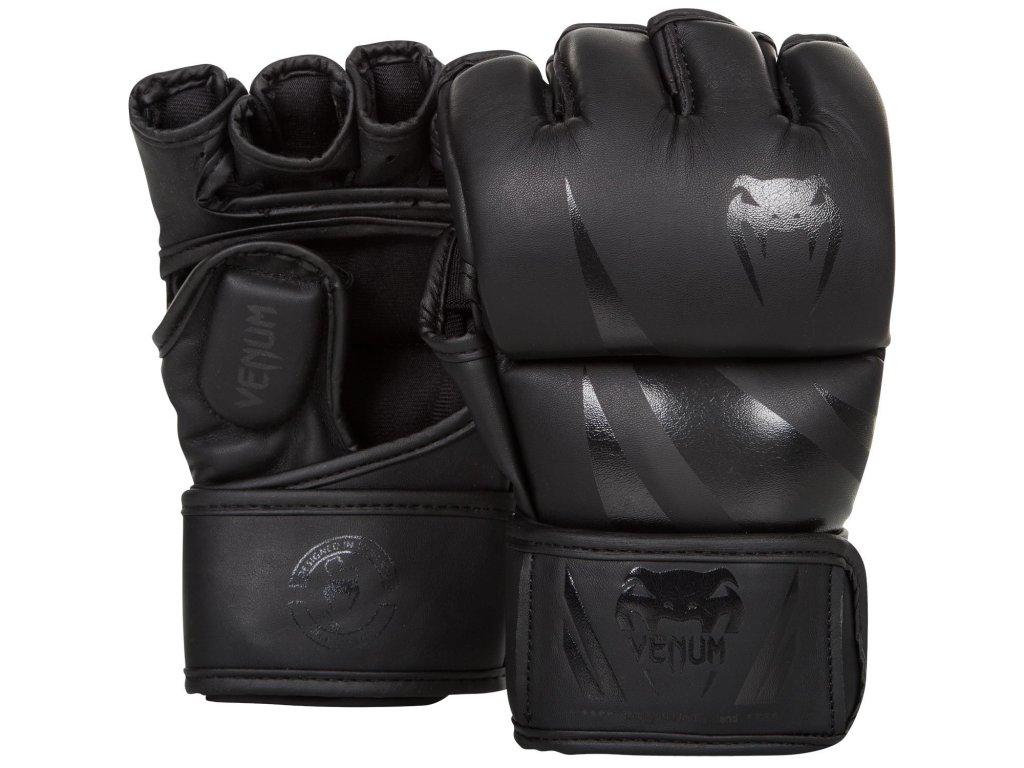 MMA rukavice Venum Challenger - černá barva/černé logo