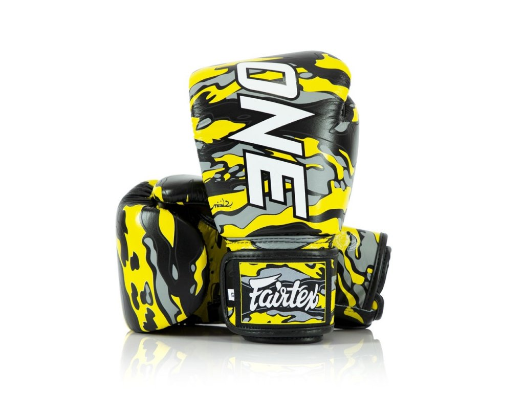 Boxerské rukavice Fairtex ONE Limited Edition - Mr. Sabotage