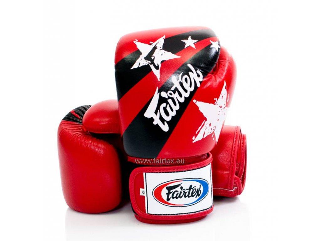 Boxerské rukavice Fairtex - Nation Print červená barva