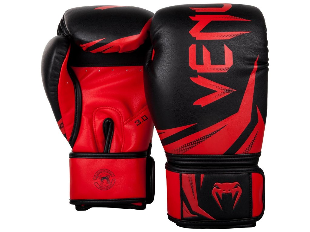 Boxerské rukavice Venum Challenger 3.0 - černá barva, červené logo