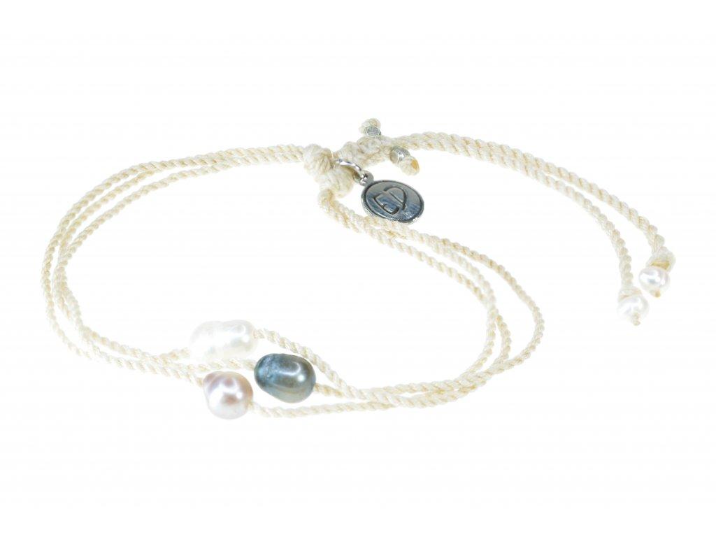 Dámsky pletený náramok s tromi perlami - krémový