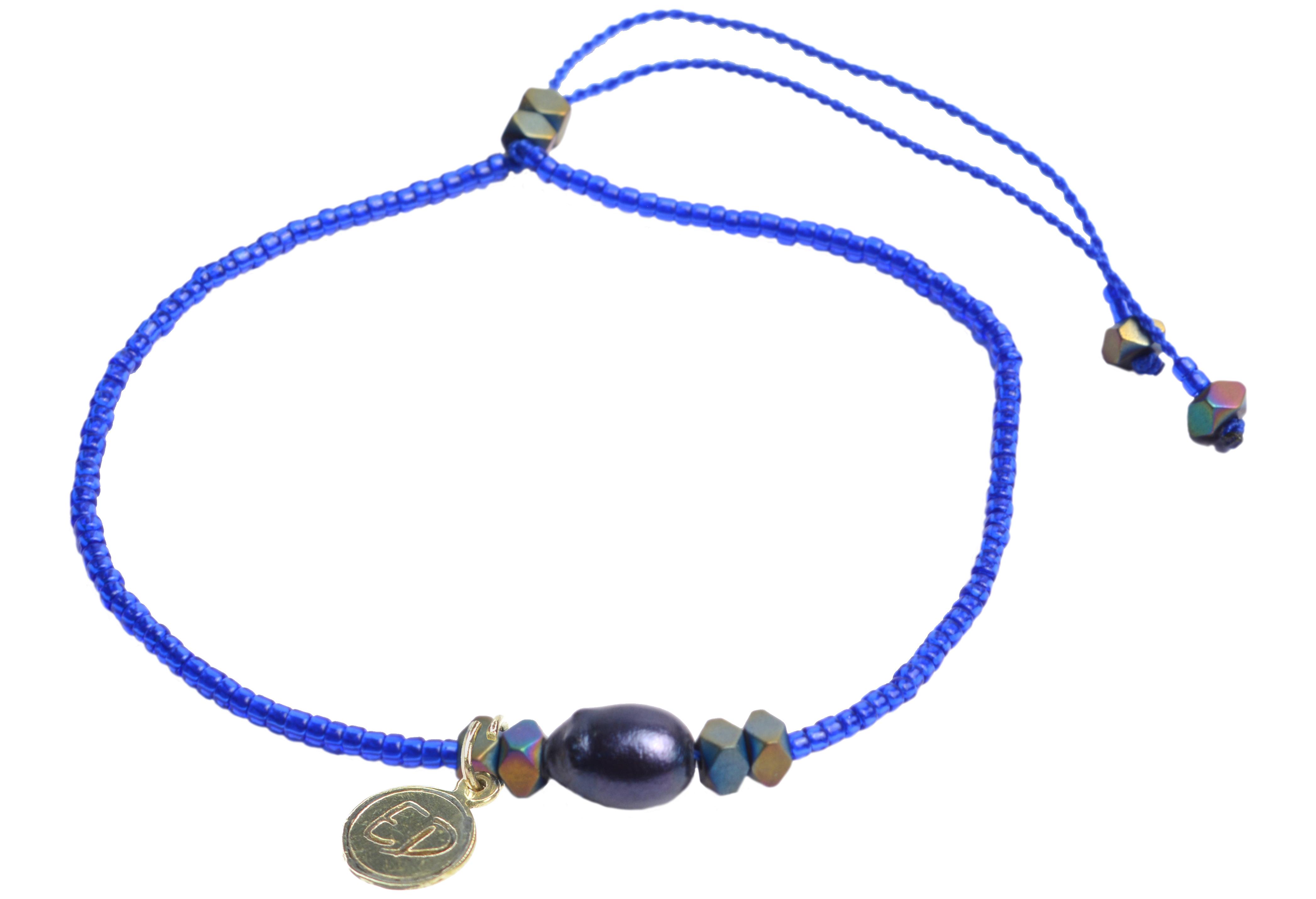 Náramok z japonského rokajlu s tmavou riečnou perlou a hematitom - modrý