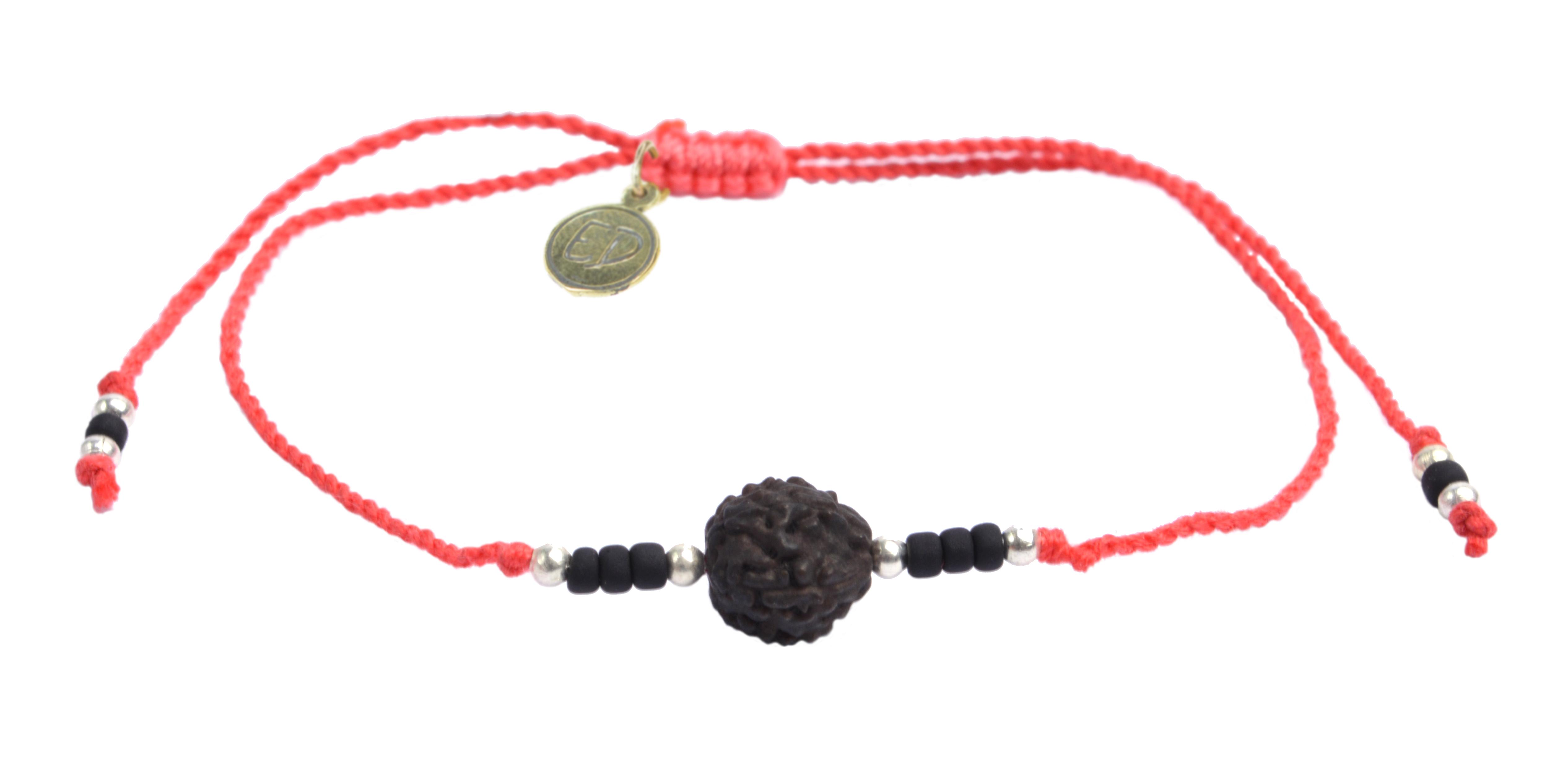 Šnúrkový náramok s tmavou korálkou Rudraksha - červený