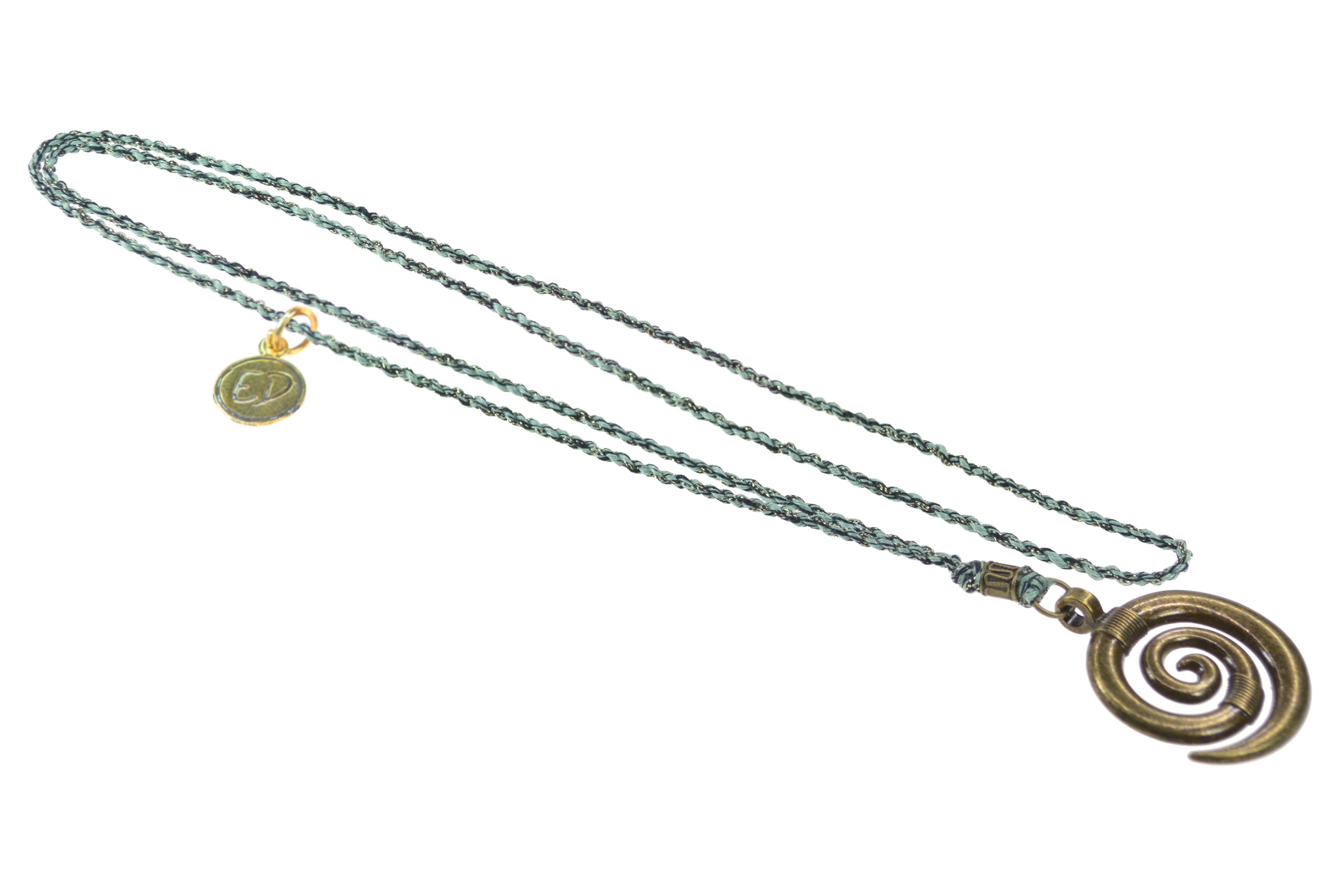 Pánsky prírodný náhrdelník s príveskom špirála - zelený