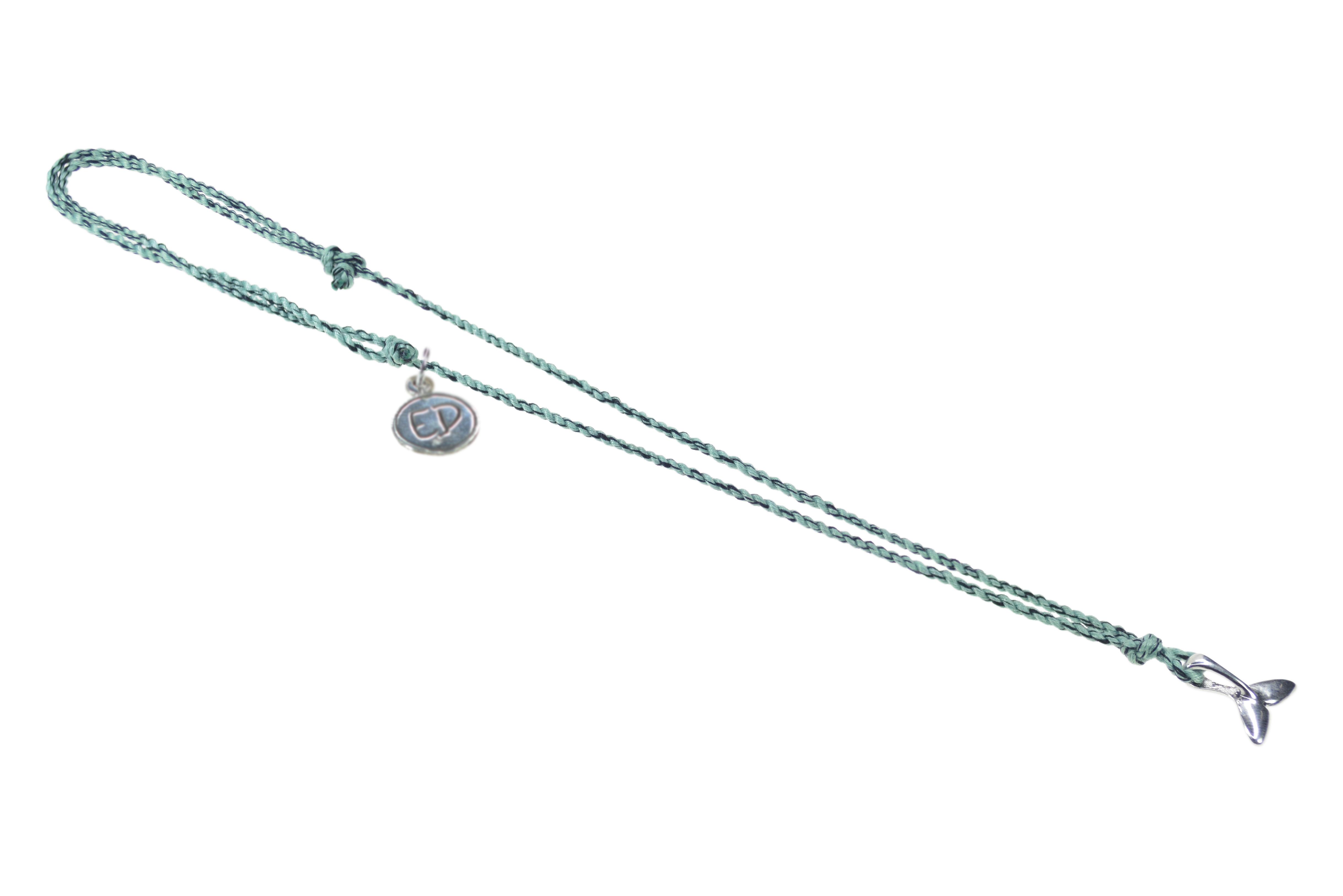 Pánsky prírodný náhrdelník s príveskom veľryba - zelený