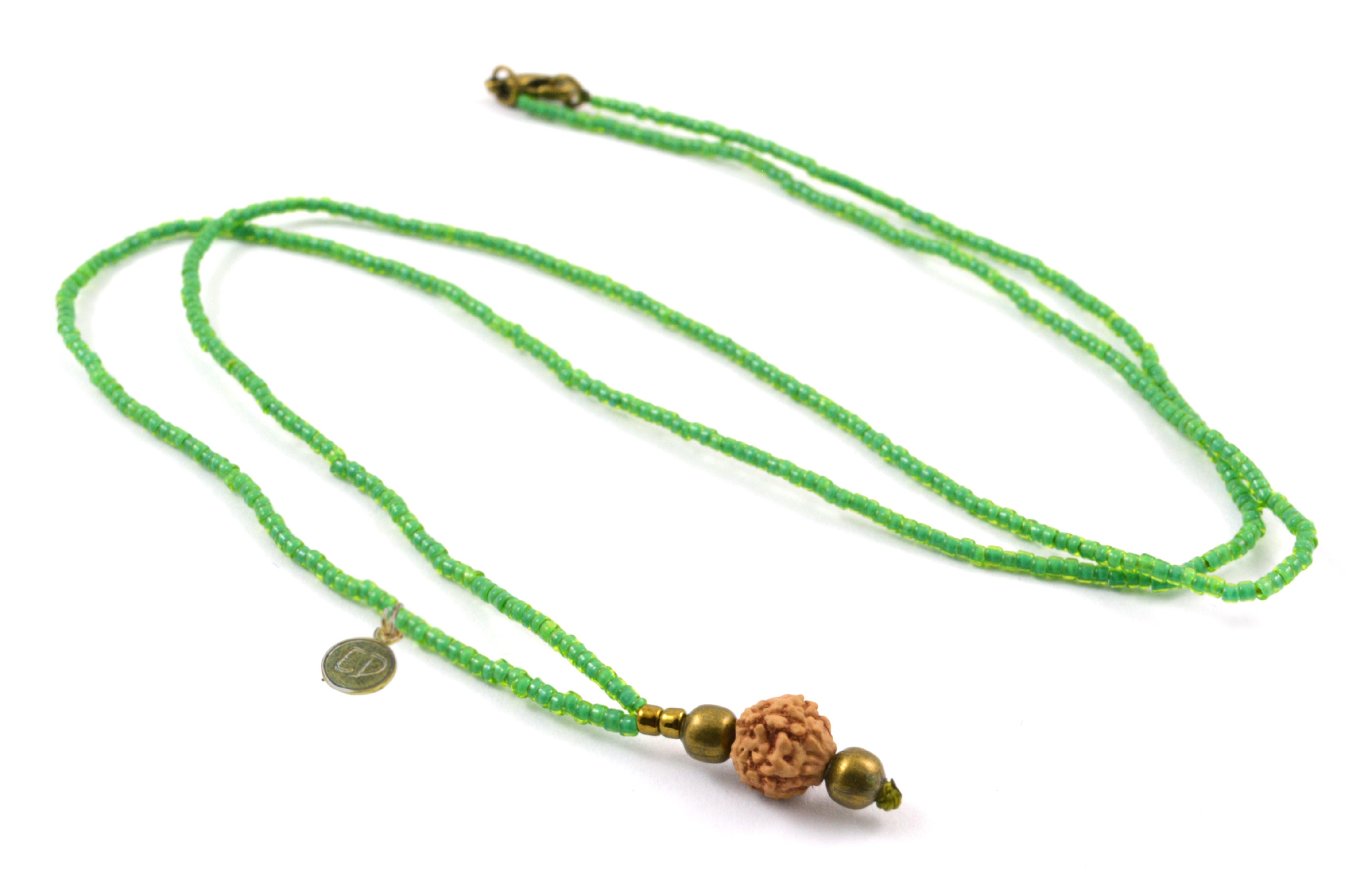 Náhrdelník z japonského rokajlu s korálkou rudraksha - zelený