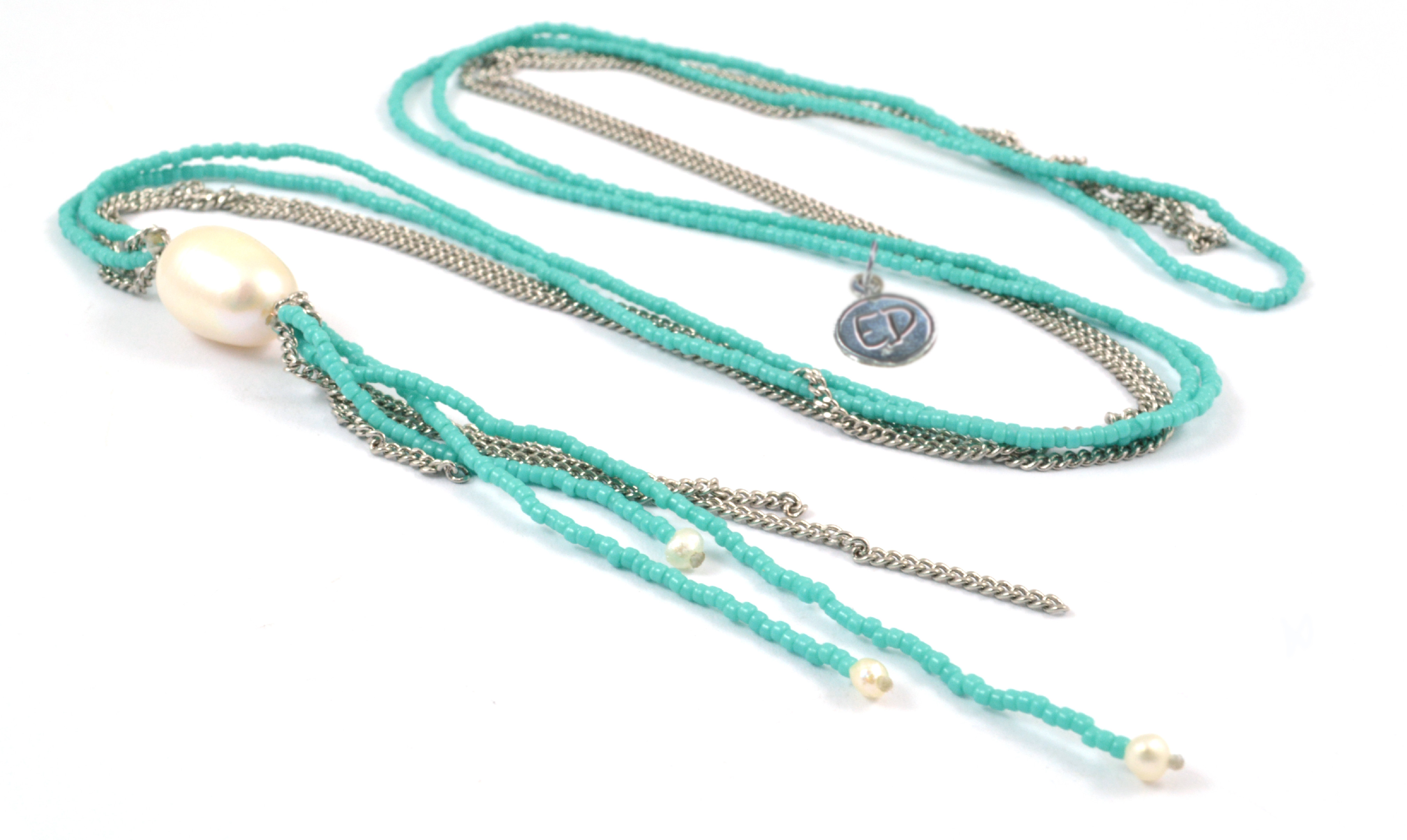 Dámsky prírodný náhrdelník z japonského rokajlu a riečnych perál - tyrkysový