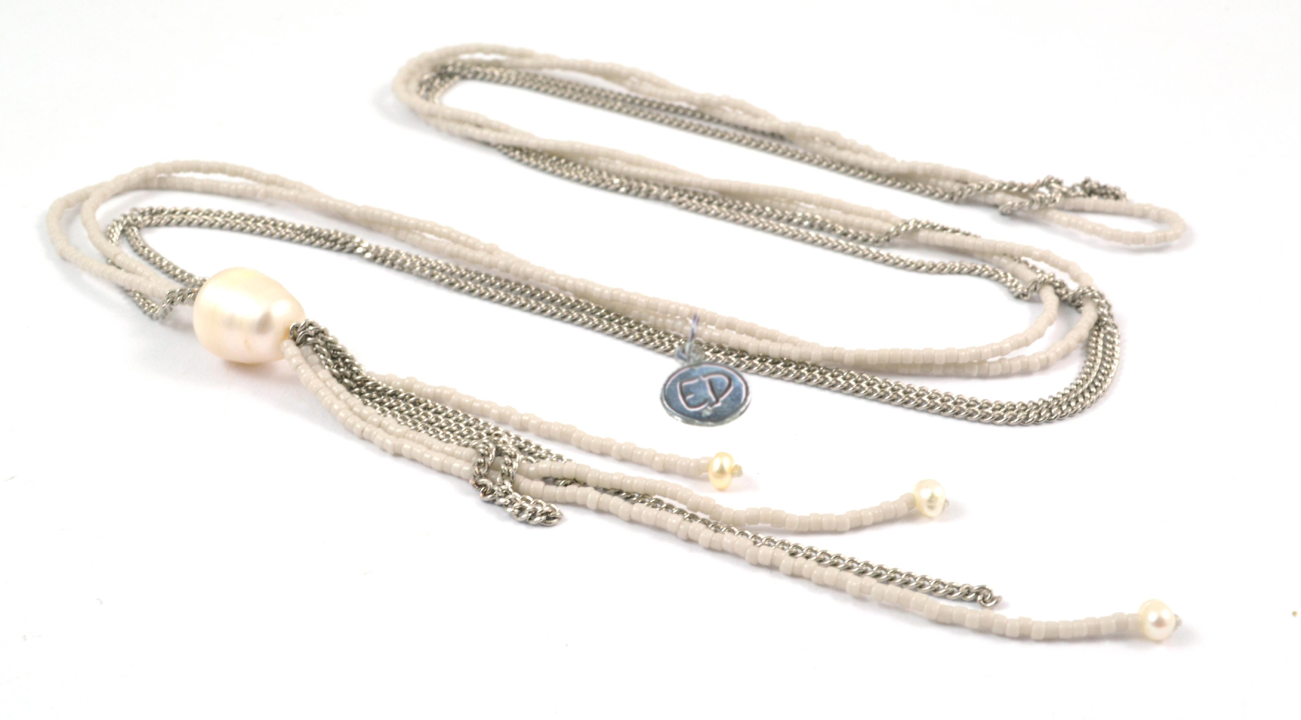 Dámsky prírodný náhrdelník z japonského rokajlu a riečnych perál - krémový