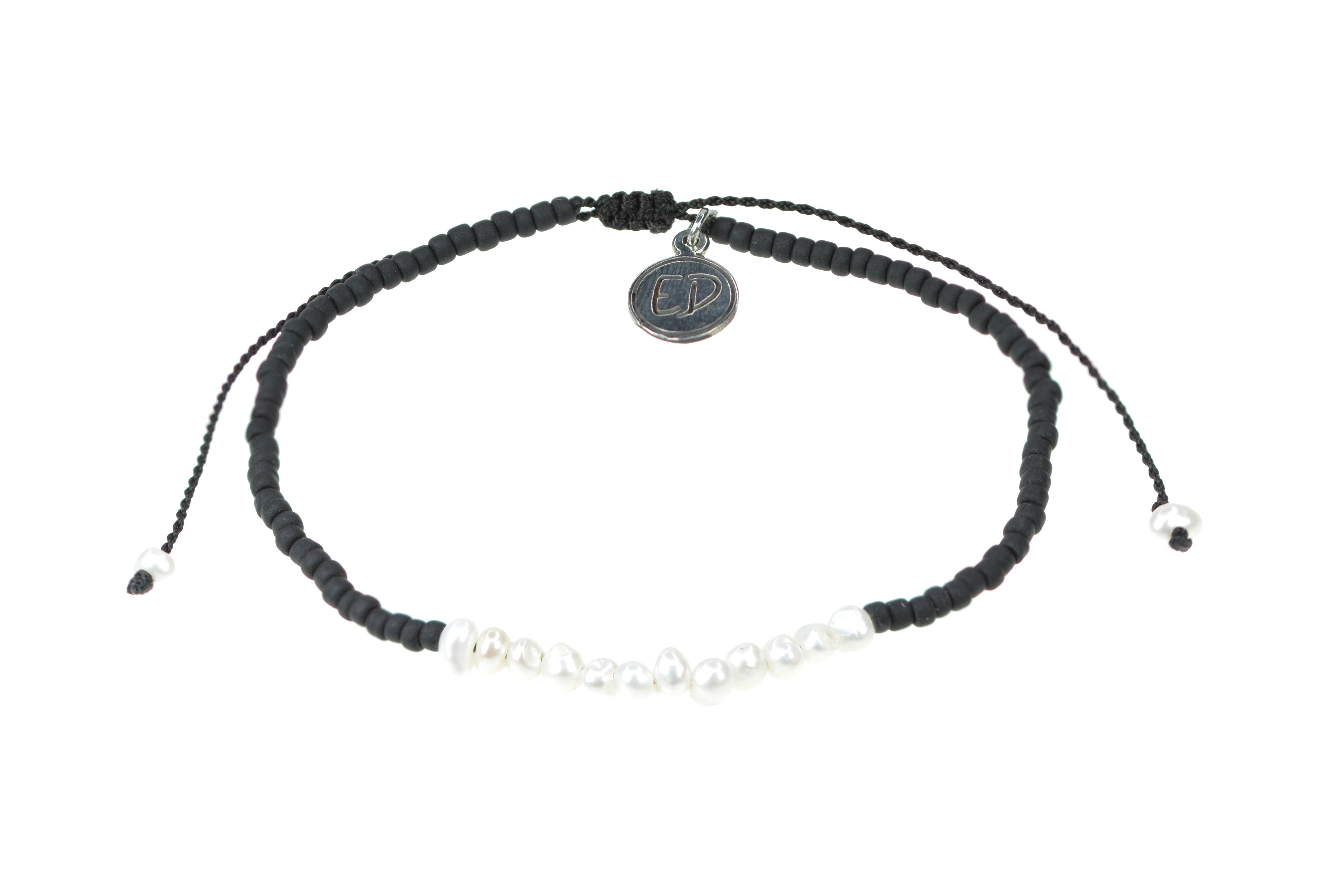 Náramok z japonského rokajlu s perličkami - čierny