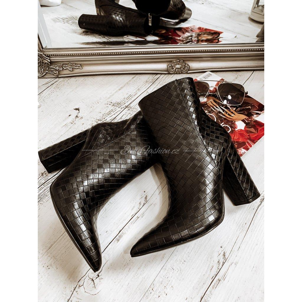 Dámské kotníkové boty na podpatku PRUDENCE/Black