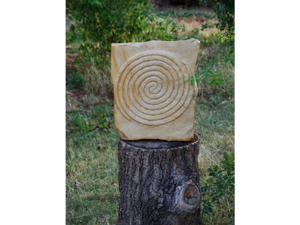 Kamenný reliéf z opuky - Dvojitá spirála