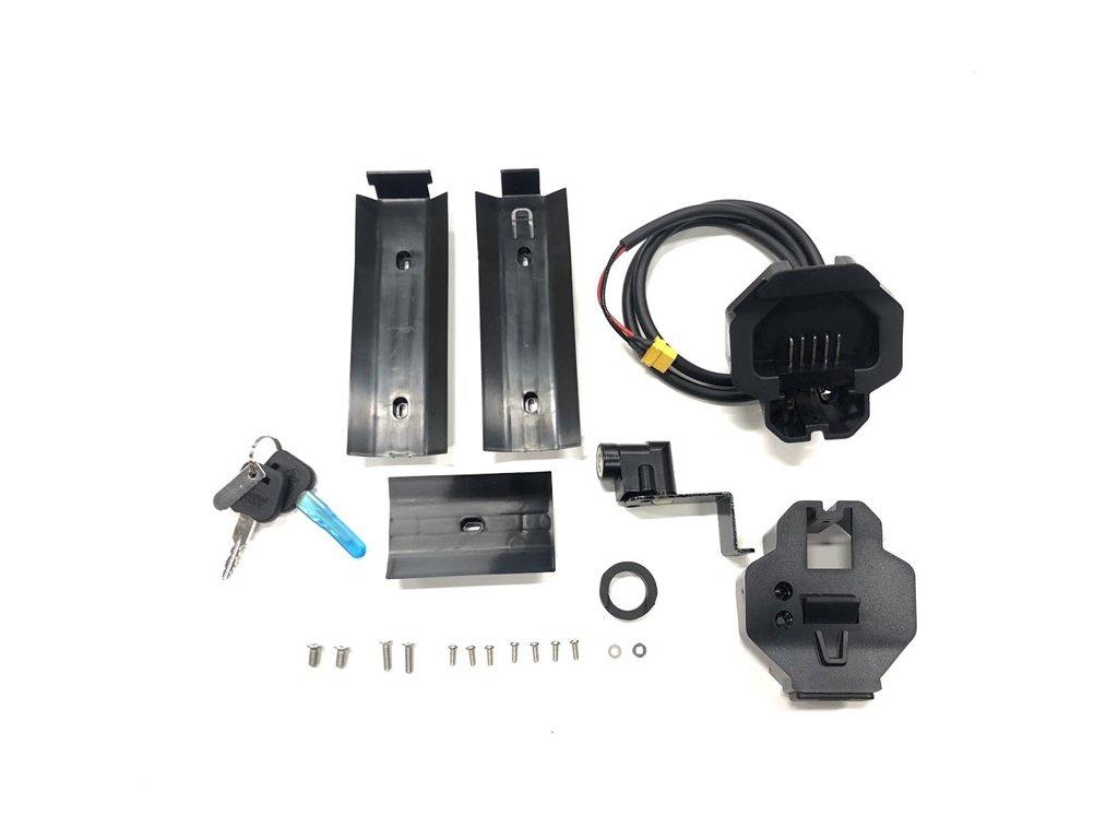 Držák plně integrované baterie s tlačítkem pro vyjmutí, modely 7.5, 8.5, 9.5, motor M500