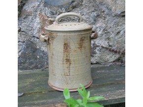 Česká keramická nádoba na bioodpad pálená dřevem (hnědá)