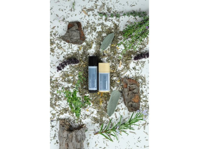 balzam na pery Anemone ekonetka borievka