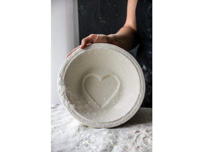 Ošatka na chlieb guľatá srdce 1kg